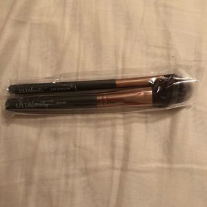 Ulta eyeshadow and blush makeup Brushes